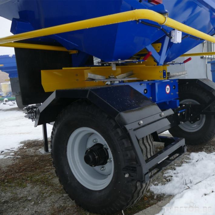 Торачки Orehovselmash Торачка за минерални торове RMD-3000 3 - Трактор БГ